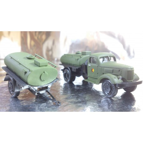 "* Herpa Military 745109  ZIL 164 bulk truck with bulk trailer ""NVA"