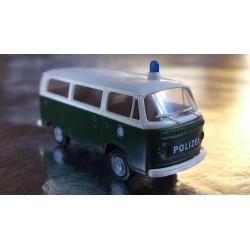 Brekina 33083 VW T2 Green/White Polizei / Police Bus