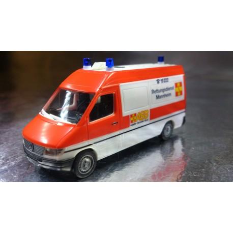 * Herpa Cars 043786  Mercedes-Benz Sprinter RTW ASB Mannheim