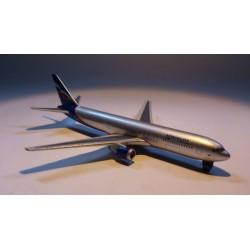 * Herpa Wings (Magic) 470018 Aeroflot Boeing 767-300
