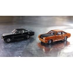 * Herpa Cars 065726-003  Opel Manta B GT/E, 2 Cars in the pack, 1 x Black and 1 x Deep Orange
