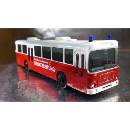 "* Herpa Buses 154512  MAN SU 240 ""Nuremberg fire department"""