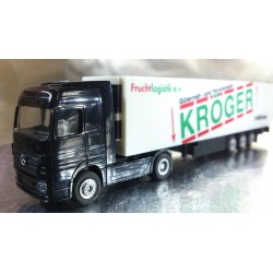 "* Herpa Trucks 065566  Mercedes-Benz Actros LH refrigerated box trailer ""Kröger Fruchtlogistik"""