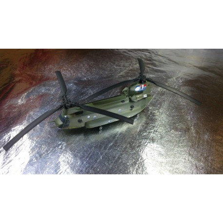 * Herpa Wings 555913  Royal Air Force Boeing Vertol Chinook HC2A No. 27 Squadron - Chinook 30 Years