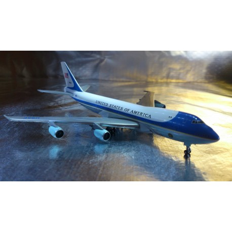 "* Herpa Wings 502511-002  United States Boeing 747-200 ""Air Force One"""