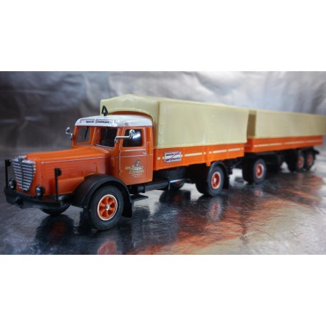"* Herpa Trucks 153690  Buessing 8000 curtain canvas semitrailer ""TCH"""