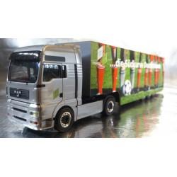 "* Herpa Trucks 151573  MAN TGA XXL box semitrailer ""Suedkurve"" including figures"