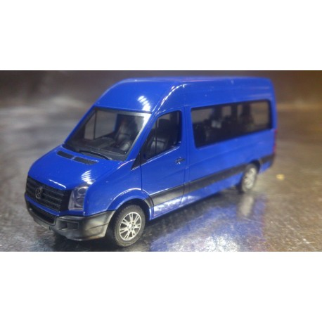 * Herpa Trucks 049948-002  VW Crafter high roof, ultramarin blue