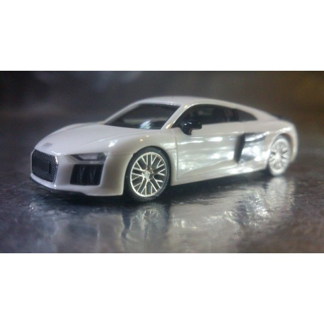 Herpa Cars 028516  Audi R8® V10 Plus, ibis white/blade black