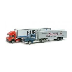 "* Herpa Trucks 157155  Set with two models ""Auf Achse"" Season 2, episodes 33-37"