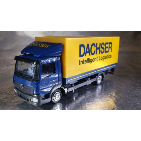 "* Herpa Trucks 307413  Mercedes-Benz Atego canvas truck with liftgate ""Dachser"""