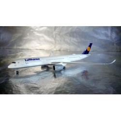 * Herpa Wings 529037-001  Lufthansa Airbus A350-900 XWB