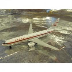 """* Herpa Wings 529020  Qantas Boeing 737-800 """"Retro Roo II"""""""