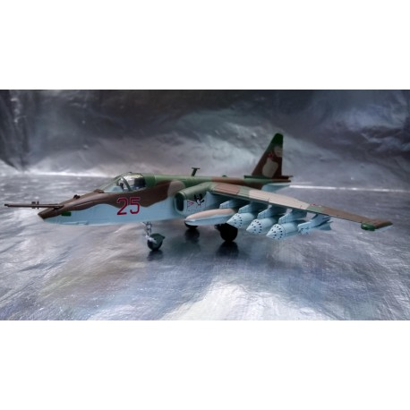"""* Herpa Wings 82MLCZ7204  Soviet Air Force Sukhoi SU-25 """"Frogfoot"""" – 368th OShAP"""