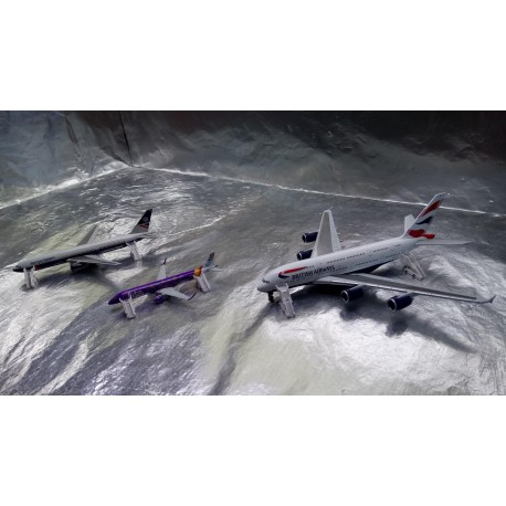 * Herpa Wings Scenix 530507 Passenger Stairs - Set of 6