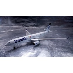 * Herpa Wings 530569 Iran Air Airbus A330-200 - EP-IJA