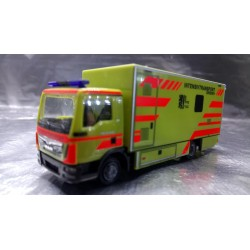 "* Herpa Trucks  093347  MAN TGL box truck ""Intensivtransport Dresden"""