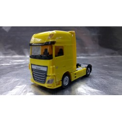 * Herpa Trucks 305891-002  DAF XF Euro 6 SSC rigid tractor, traffic yellow