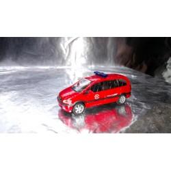 """* Herpa Cars 046886  Opel Zafira """"Essen fire department"""""""