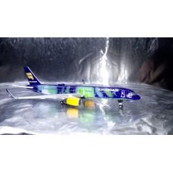"""* Herpa Wings 529129  Icelandair Boeing 757-200 """"Hekla Aurora"""""""