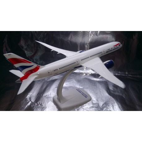 * Herpa Snap Fit 611572  British Airways Boeing 787-9 Dreamliner - G-ZBKA