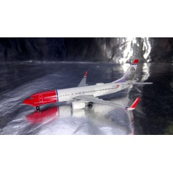 "* Herpa Wings 529280-001  Norwegian Air Shuttle Boeing 737-800 - LN-DYA ""Erik Bye"""