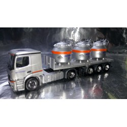 "* Herpa Trucks 307246  Mercedes-Benz Actros Classicspace 2,3 aluminum pot semitrailer ""Nicromet"" (vehicle of Poland)"