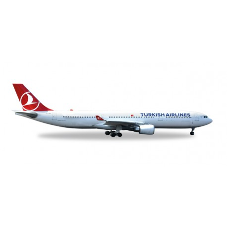 "* Herpa Wings 529556  Turkish Airlines Airbus A330-300 ""EM 2016"""