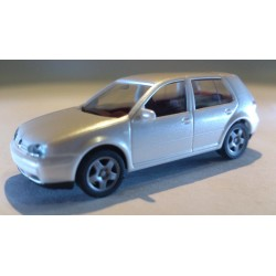 * Herpa Cars 032575  VW Golf IV, 4 doors, metallic
