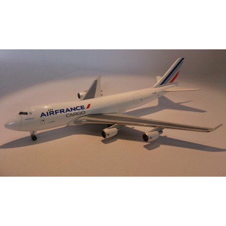 * Herpa Wings 523882  Air France Cargo Boeing 747-400F - F-GIVD